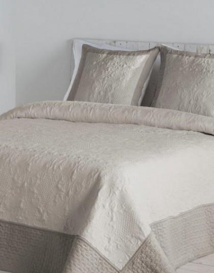 HILARIA BEIGE kétszemélyes ágytakaró, 2 db díszpárnahuzattal (235*270)