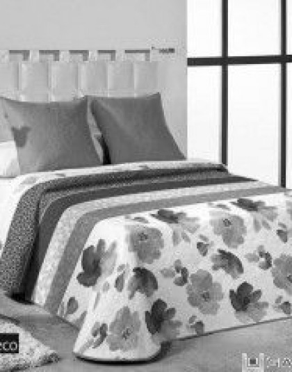 Solai kétszemélyes ágytakaró 2 darab díszpárnahuzattal (235*260)