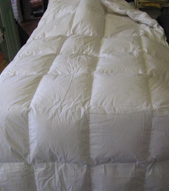 Saját gyártású pehely töltetű nagyméretű nyári paplan (140*220 cm)