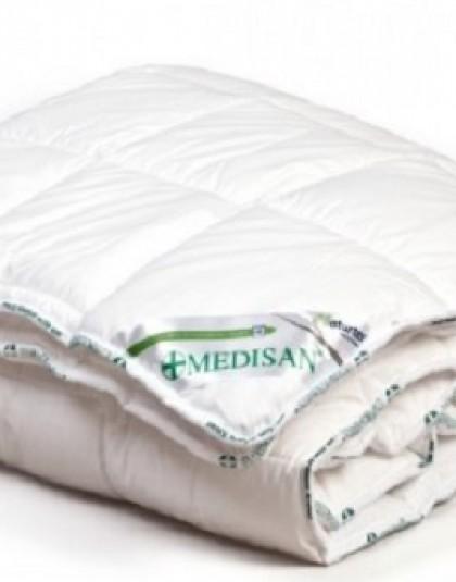 Medisan Duo 95 fokon főzhető, antibakteriális hatású téli paplan (140*200 cm)