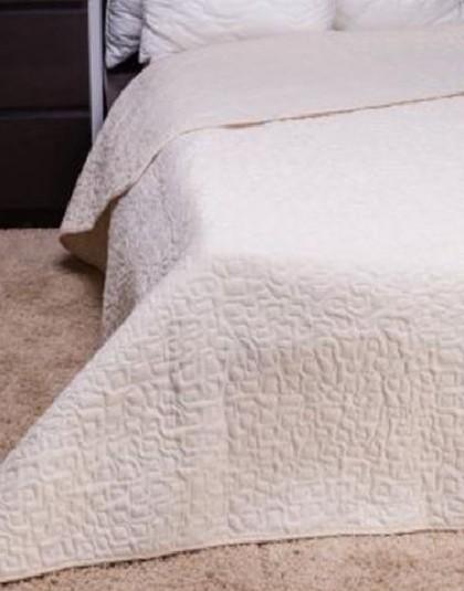 CLARA  kétszemélyes, márvány steppelésű ágytakaró (235*250)