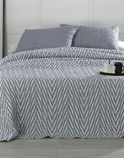 Kétszemélyes ágytakaró 2 db díszpárnahuzattal (szín: szürke [GRIS]) (235*270)